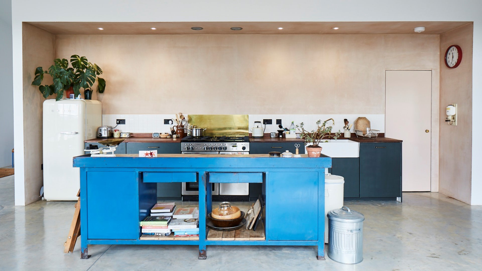 2 architects barn conversion open plan kitchen
