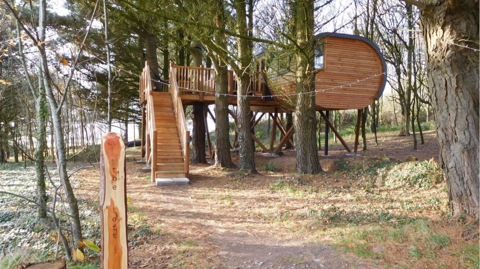 Bespoke treehouses planning permission in situ