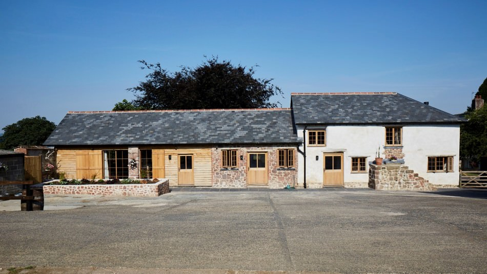 Holcombe B barn conversion exterior Large